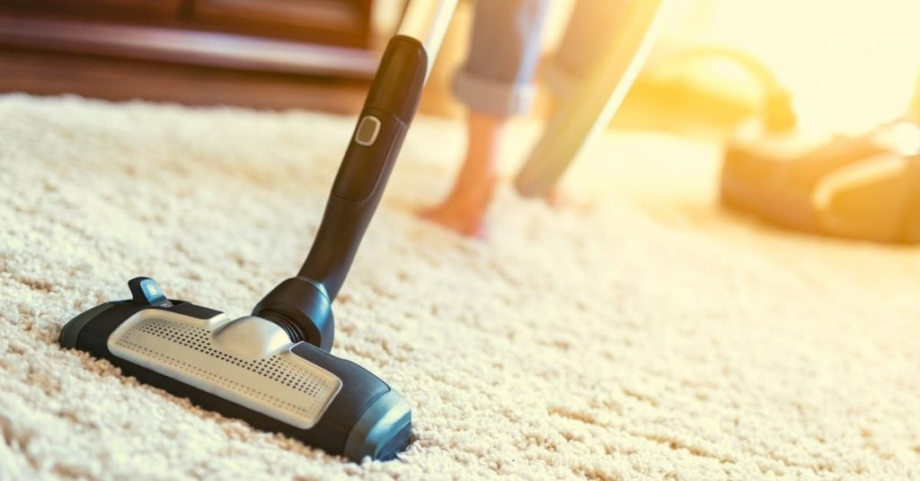 Vacuuming carpet - Should I hoover or dust first - Clean and Tidy Living