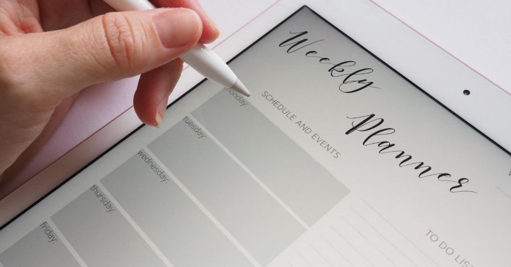 Weekly Planner on iPad - How to Quickly Declutter Your Home