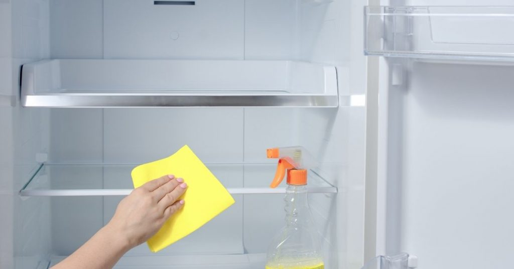 Cleaning a Fridge - What to Clean a Refrigerator With - Clean and Tidy Living