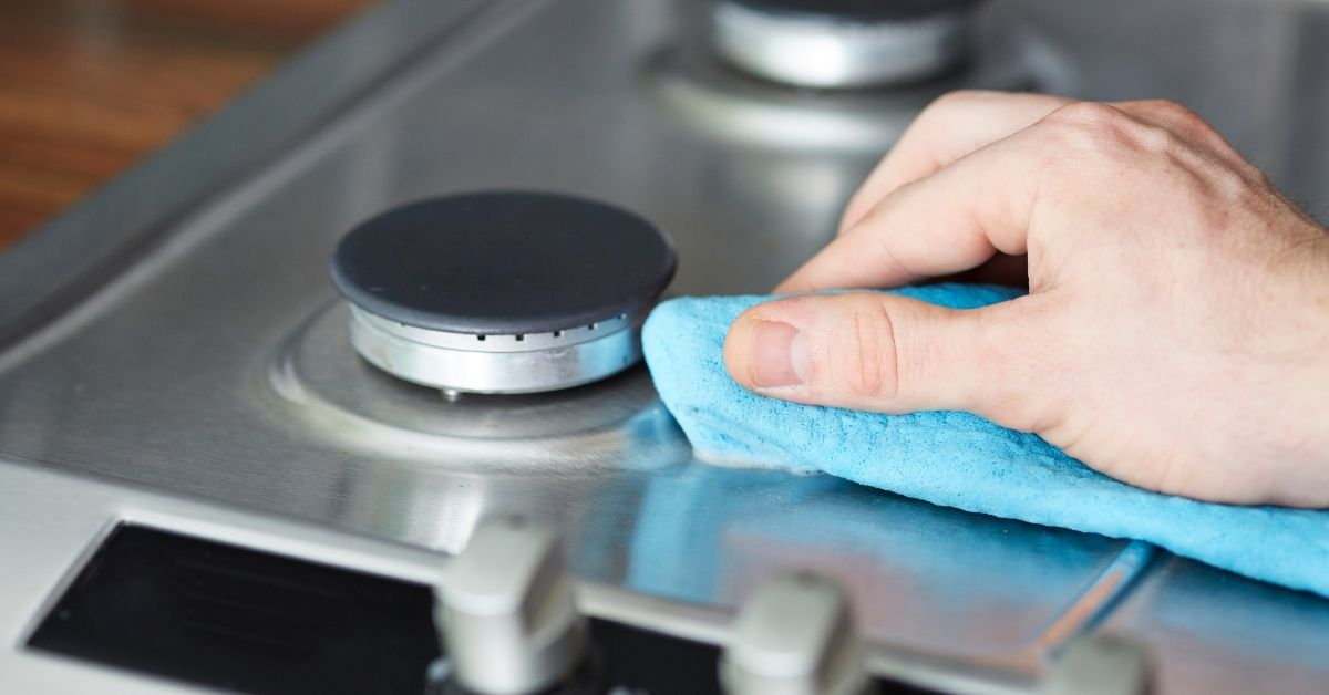 Cleaning Gas Hob Burner Caps - Clean and Tidy Living