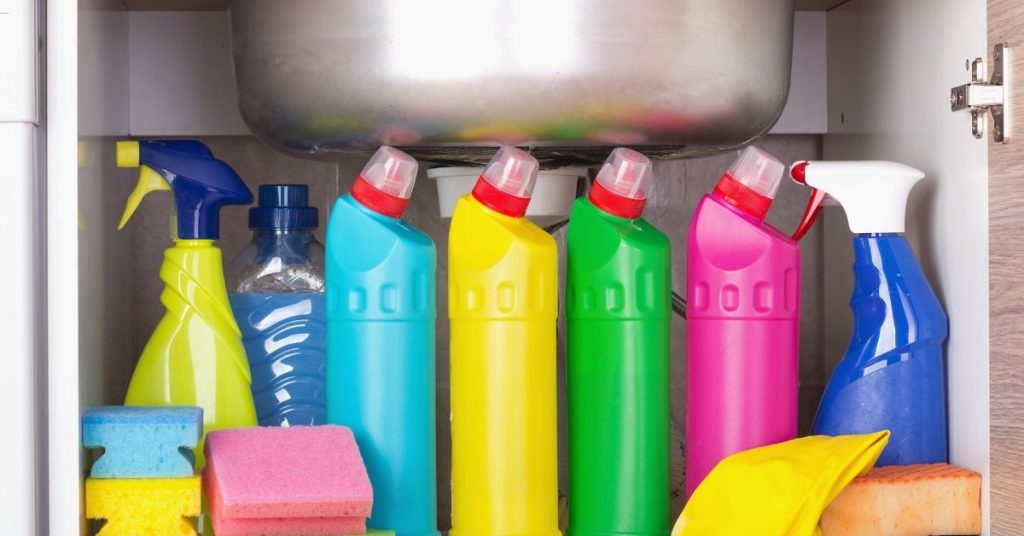 Cleaning Products Under The Sink - Time Saver Tips - Clean and Tidy Living