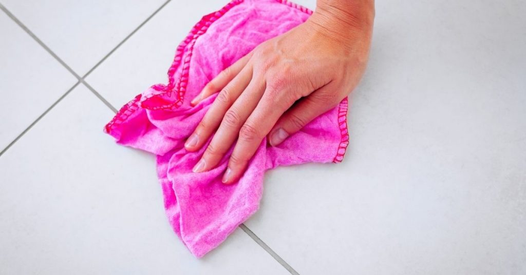 How to Polish Porcelain Tiles - Clean and Tidy Living