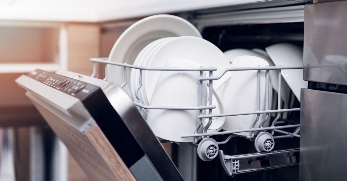 What is the Half Load setting on a dishwasher - Clean and Tidy Living